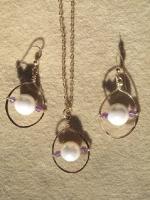 Hoop earrings & pendant